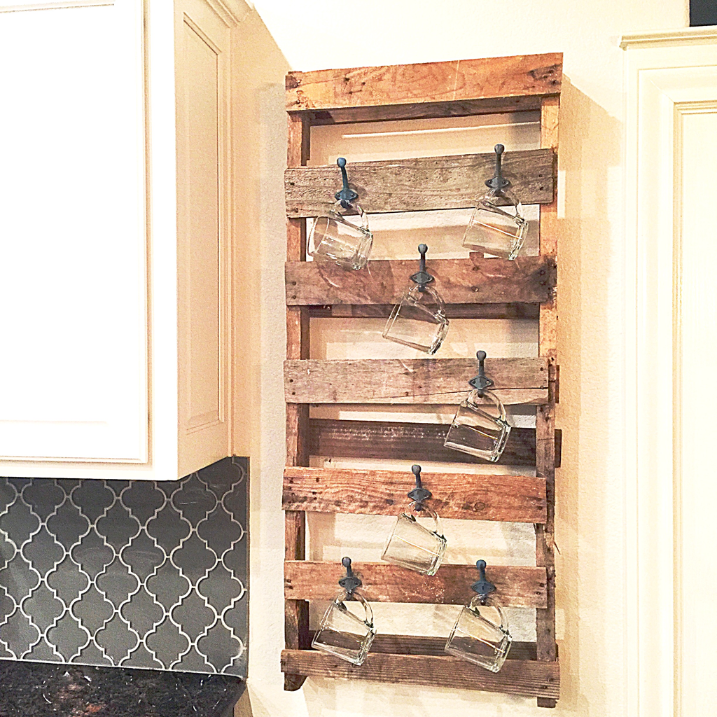 Diy Industrial Farmhouse Wood Pallet Mug Rack D6 Worldwide